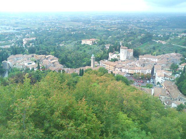 Asolo, Italy by AnElephantCant